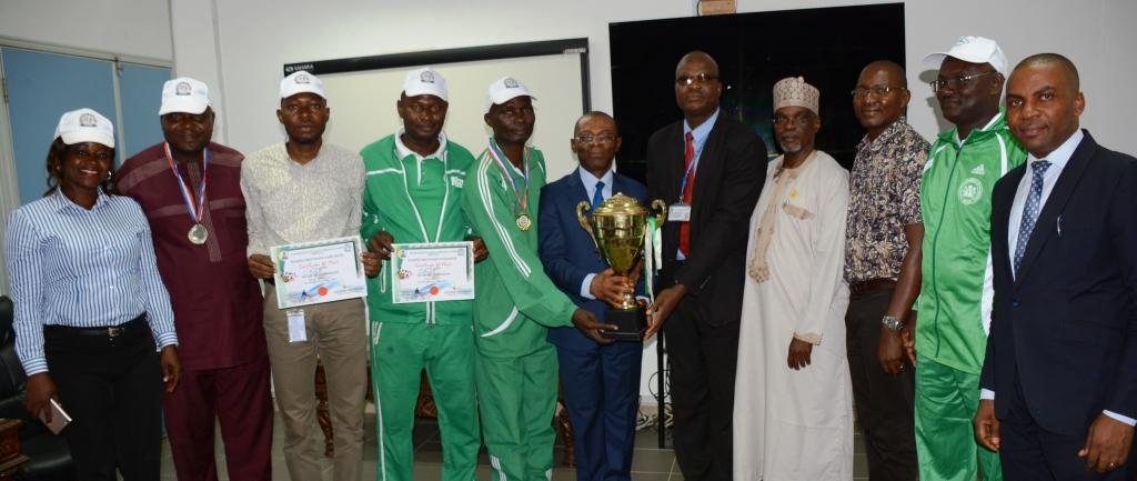 AUGF recieves trophy