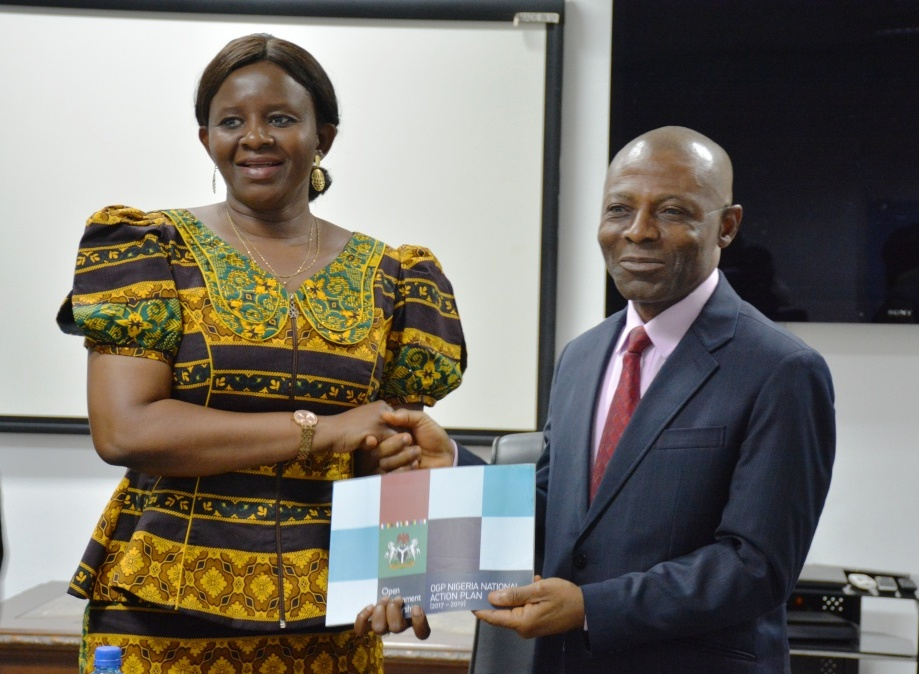 Auditor-General receives Members of Open Government Partnership